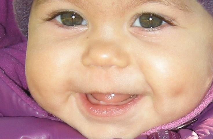 Млечните зъби на бебето-никнене, симптоми и проблеми